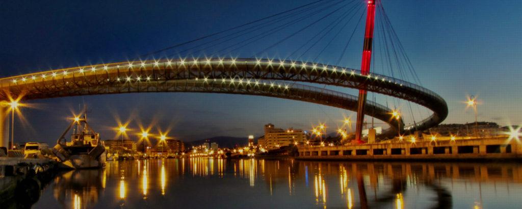 Welovepescara.it - pubblicità a 360° - Pescara Ponte sul mare di notte